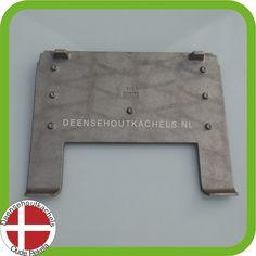 Cast iron baffle plate Morsø 3110-3140 stove. / Gietijzeren vlamplaat voor de Morso 3110-3140.