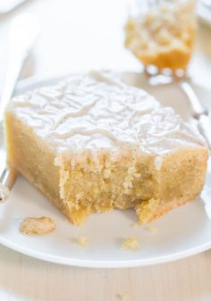 Fudgy+Banana+Bars+with+Vanilla+Bean+Browned+Butter+Glaze+-++The+banana+equivalent+of+moist,+fudgy+brownies!+Best+use+EVER+of+ripe+bananas!