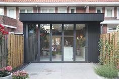 8A Architecten | Verbouwing, uitbouw en renovatie jaren 30 rijwoning, Zeist Storage Room, Diy Storage, Utrecht, Home Living Room, Windows And Doors, Pavilion, Garage Doors, Exterior, House Design