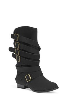 This is the best ever! I own these boots... so soft and comfortable to true to size, and design and look is awesome. Love that they are different. Love them... Highly recommend them.