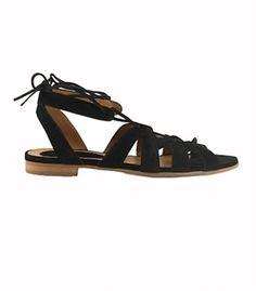Billi Bi sandal sort ruskind, set hos Jette Tarp, Roskilde. Og på deres hjemmeside.
