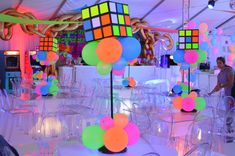 Fabulous Faces Entertainment can elevate your event space with our fabulous balloon decor. From classic decor to one of a kind custom balloon sculptures we can do it all. Butterfly Balloons, Heart Balloons, Balloon Glow, Balloon Wall, Neon Party Decorations, Balloon Painting, Balloon Delivery, Black Balloons, Custom Balloons
