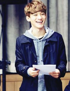 Chen's smile CHEN CAN U FUCKING NOT OMG IM SO DONE WITH YOU