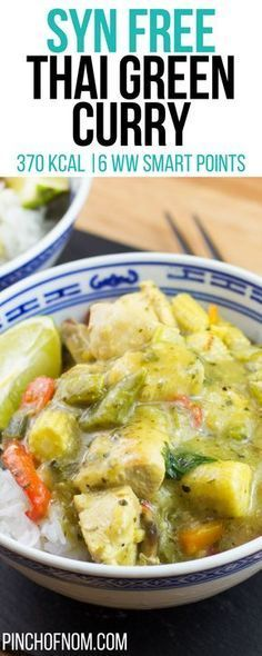 After the success of our Satay recipe, we thought we would try a Thai Green Curry. Our super slimming friendly version is lower in calories and points. Slimming World Curry, Slimming World Fakeaway, Slimming World Dinners, Slimming World Breakfast, Slimming Eats, Slimming Recipes, Slimming Word, Slimming World Recipes Syn Free Chicken, Get Skinny