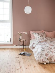 jotun silky pink - Lilly is Love Jotun Lady, Color Inspiration, Bedroom Decor, Colours, Interior Design, Pink, Painting, Furniture, Home Decor