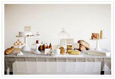 ナチュラル感が可愛い!海外の結婚式会場のテーブルコーディネート | Mikiseabo -ミキシーボ-