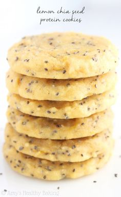 Healthy Food Lemon Chia Seed Protein Cookies -- these skinny, protein-packed cookies don't taste healthy at all! Even better, they're low carb Protein Cookies, Protein Snacks, Protein Bar Recipes, Healthy Protein, Protein Bars, Healthy Sweets, Healthy Baking, Healthy Lemon Desserts, Healthy Deserts