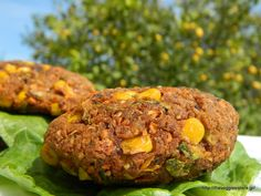 Πεντανόστιμα μπιφτέκια λαχανικών κ ρυζιού - Delicious rice veggie burgers Raw Vegan, Meatloaf, Salmon Burgers, Clean Eating, Rice, Vegetables, Ethnic Recipes, Lent, Food