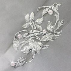 Le Sacre du Printemps #highjewelry#cuff#cuffbracelet#naturelover#flower#creation#personalwork#gouache#gouachepainting#jewelry#jewelrydesign#passion#diamonds#preciousnature#baroccopearl#spring#springmood