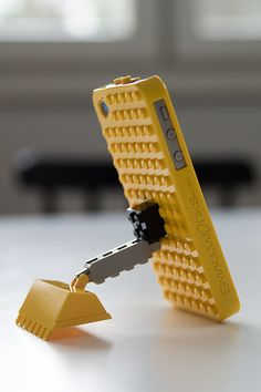 Gadget nostalgia: #iPhone4 + #smallworks case + #lego = iTool
