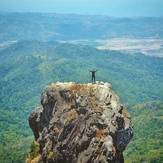 Feels like I'm on top of the world! I conquered you at last!!! Jumpshot at the famous monolith! #picodeloro #discoverphilippines #jmadventures