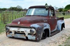 badass patina 1954 Ford F 100 custom Vintage Pickup Trucks, Classic Pickup Trucks, Old Ford Trucks, New Trucks, Vintage Cars, Hot Rod Trucks, Cool Trucks, 1954 Ford Truck, Custom Trucks For Sale