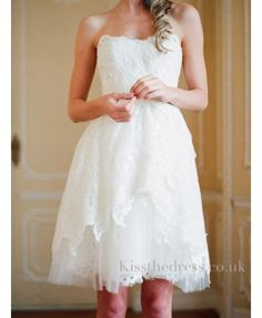 beautiful short wedding dress and affordable. in lace.