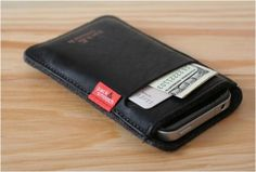 IPHONE WALLET CASE - http://www.gadgets-magazine.com/iphone-wallet-case/
