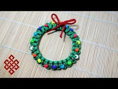 Paracord Christmas Wreath Tutorial - YouTube