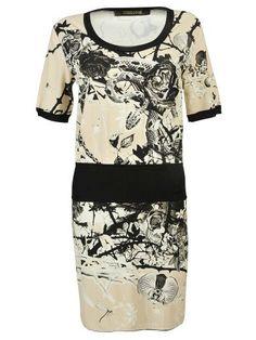 ROBERTO CAVALLI Roberto Cavalli Short Night Garden Dress. #robertocavalli #cloth #dresses