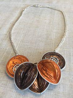 Foglie eleganti come collana handmade nespresso