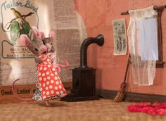 Dancing with Mama - MousesHouses Eek A Mouse, Cute Mouse, Maus Illustration, Mouse Hole, Book Wall, Bunny Crafts, Diy Crafts, Puppies And Kitties, Cute Little Things