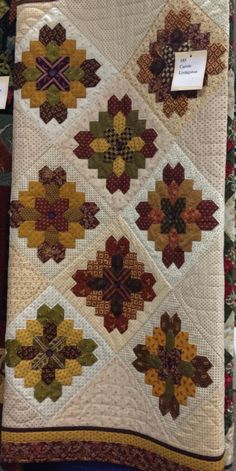 LUCY BOSTON QUILT..........PC