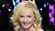 """En överlycklig och omtumlad Anna Bergendahl vann Melodifestivalen 2010 med låten """"This Is My Life""""."""