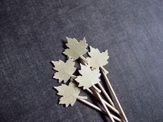 Hey, I found this really awesome Etsy listing at https://www.etsy.com/listing/163894292/gold-shimmer-maple-leaf-cupcake-toppers
