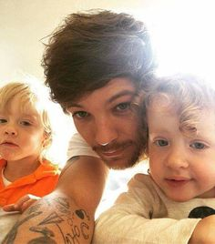 Louis (Instagram)