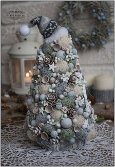 Modern 26cm Tabletop Spiral Christmas Tree With Sparkling Jewels Xmas Decoration