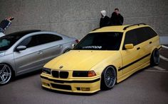 Fantastic Dakar Yellow BMW e36 touring on cult classic Borbet type B wheels