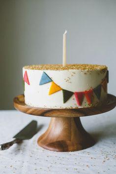 101 ideas maravillosas para un pastel de cumpleaños original para niños - Kinder Geburtstag Ideen für Mamas - Pastel de Tortilla Birthday Cakes For Men, Birthday Cake Cookies, Birthday Cake Pictures, Cake Design For Men, Funfetti Cake, Birthday Cake Decorating, Savoury Cake, Food Cakes, Mini Cakes