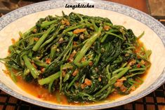 A classic dish as how my hubby puts it, this is an all-time favorite for most Malaysians. While creating this dish at home may leave the k...