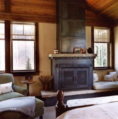 Traditional Bedroom Fireplace Design, Pictures, Remodel, Decor and Ideas Bedroom Decor Cozy, Rustic Fireplaces, Traditional Bedroom, Rustic Bedroom, Rustic House, Cozy Living Spaces, Fireplace Design, Cabin Style, Fireplace Hearth