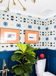 Bold Decorating Ideas for Small Bathrooms