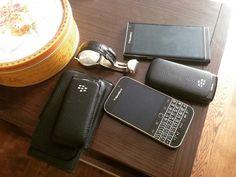 """#inst10 #ReGram @man_and_little_dog: #blackberry #blackberryclubs #blackberryclassic #blackberrylifestyle #box #sweethome ...... #BlackBerryClubs #BlackBerryPhotos #BBer ....... #OldBlackBerry #NewBlackBerry ....... #BlackBerryMobile #BBMobile #BBMobileUS #BBMobileCA ....... #RIM #QWERTY #Keyboard .......  70% Off More BlackBerry: """" http://ift.tt/2otBzeO """"  .......  #Hashtag """" #BlackBerryClubs """" ......."""