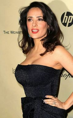 Salma Hayek Photos Photos - The Weinstein Company& 2013 Golden Globe Awards After Party - Arrivals - Zimbio Salma Hayek Body, Salma Hayek Pictures, Manequin, Selma Hayek, Chic Hairstyles, Pretty Woman, Lady, Divas, Sexy Women