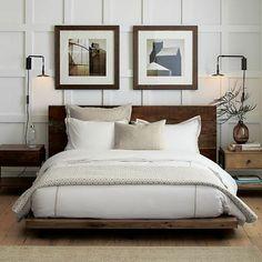 idée déco chambre parentale, lit en bois massif foncé, linge de lit beige