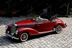 Mercedes Benz – One Stop Classic Car News & Tips Mercedes 220, Mercedes Benz Autos, Mercedes Classic Cars, Convertible, Super Fast Cars, Vw Vintage, Pony Car, Sport Cars, Luxury Cars