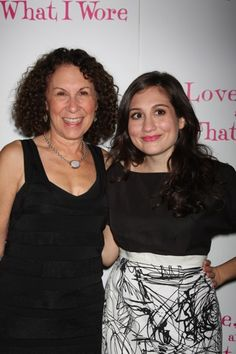 Rhea Perlman and daughter, Danny DeVito daddy.