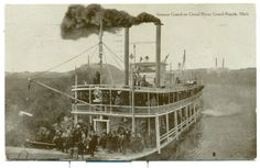 Steamer Grand on Grand River, Grand Rapids, Mich 1909