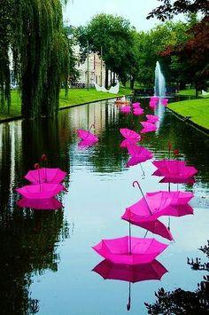 Pink - popculturez.com