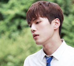 "Kim Jung Hyun Speaks Candidly About Low Viewership Ratings For ""School Kim Joong Hyun, Jung Hyun, Kim Jung, School2017 Kdrama, Kdrama Actors, Korean Men, Korean Actors, Korean Dramas, 2017 Memes"