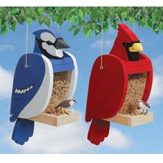 Find the pattern to build these fun feeders at www.stockadade.ca #birdfeeder