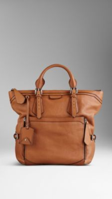 Large Grainy Leather Tote #Bag | #Burberry