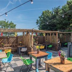 Faber-Fox-3 Garden Bar, Beer Garden, Outdoor Cafe, Outdoor Decor, Backyard Cafe, Outdoor Restaurant Design, Restaurant Ideas, Courtyard Cafe, Pub Interior