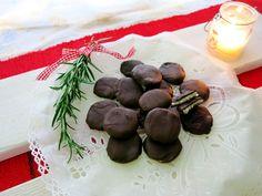 Antipastaa: Suklaakuorrutteiset piparminttunapit (munaton, maidoton, sokeriton, gluteeniton, viljaton, vagaaninen, vähähiilihydraattinen)