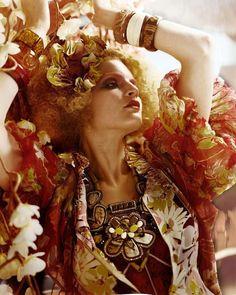"""""""L'Air Du Temps:"""" Guinevere Van Seenus by Javier Vallhonrat for Vogue UK, April 2011 Vogue Uk, Vogue Paris, Time Photography, Fashion Photography, Editorial Fashion, Fashion Art, Fashion Design, Guinevere Van Seenus, Jungle Print"""