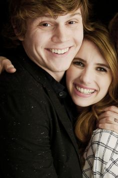 Emma Roberts and Evan Peters - such a cute couple!