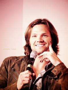 Jared Padalecki, Asylum con 2011. I can just imagine the cartoon/anime sparkle at the corner of his smile.