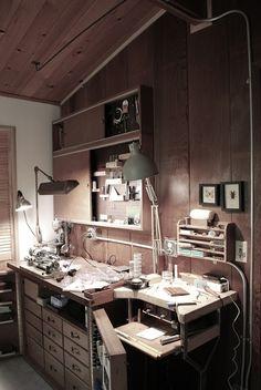 Moved the studio to a different room Dream Studio, Home Studio, Studio Studio, Jewelry Studio Space, Studio Spaces, Studio Floor Plans, Workshop Studio, Workshop Ideas, Studio Organization