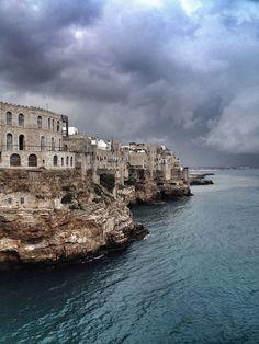 Polignano al mare, Apulia Travel Bugs, Stunning View, Tower Bridge, Wonderful Places, Land Scape, Scenery, River, Amazing, Outdoor