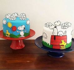 Bolo do Snoopy Bolo Snoopy, Snoopy Cake, Snoopy Birthday, Snoopy Party, Fondant Cakes, Cupcake Cakes, Charlie Brown Y Snoopy, Peanut Cake, Just Cakes
